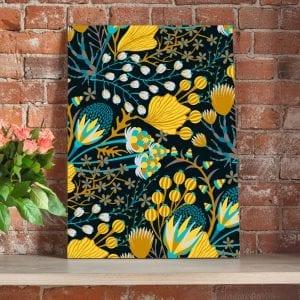 tablou canvas flori galbene portret caramida 1