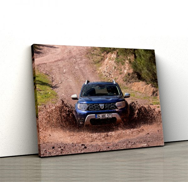 1 tablou canvas Dacia Duster in noroi